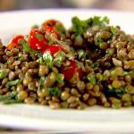 Gekruide linzen met spinazie en tomaat