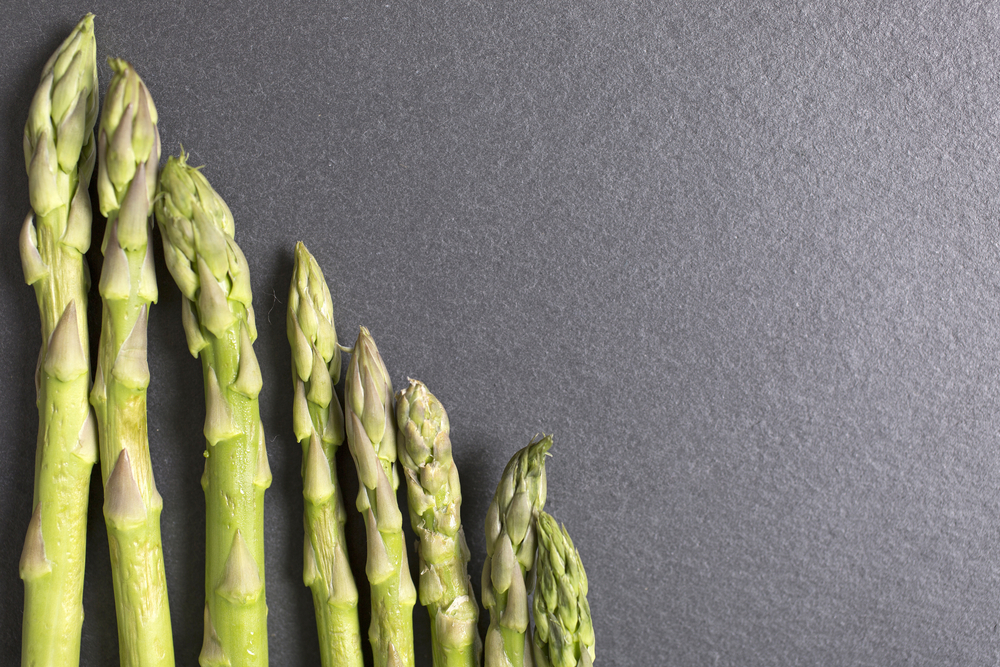 Asperge salade met avocado